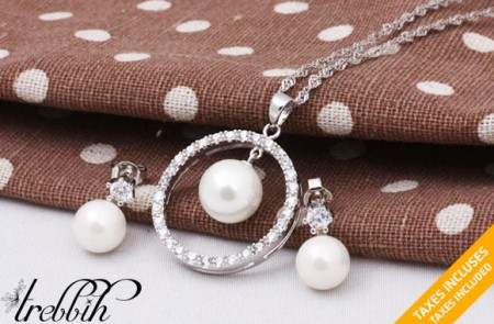 Aura Pearl Necklace and Earrings set