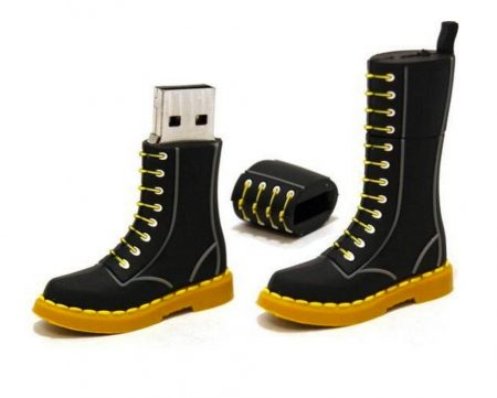 Fashionable Boot Shaped 16GB USB Flash Drive
